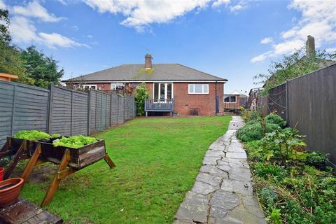 2 bedroom semi-detached bungalow for sale - Cumberland Avenue, Broadstairs, Kent
