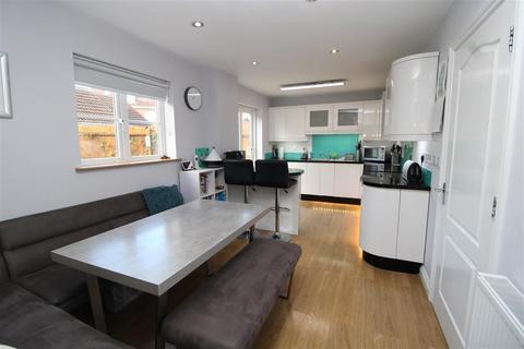 5 bedroom detached house for sale - Elder Close, Witham St. Hughs, Lincoln