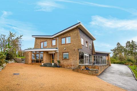 4 bedroom detached house for sale - Ashwicken