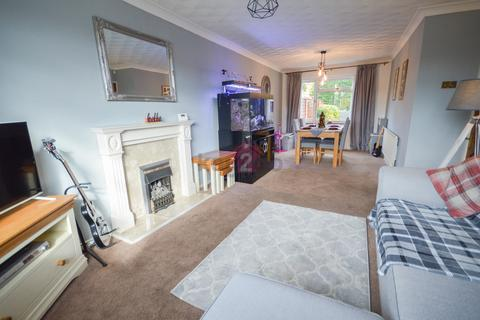 3 bedroom semi-detached house for sale - Rodger Road, Woodhouse, Sheffield