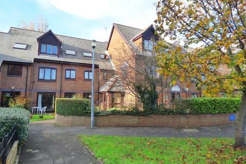 1 bedroom ground floor flat for sale - Vallis Close, Baiter Park