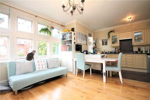 2 bedroom apartment to rent - Sutton Court Road, London, W4
