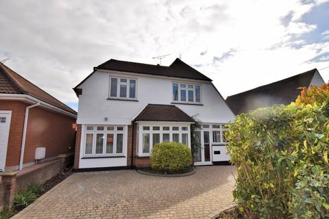 3 bedroom detached house to rent - Eastern Road, Rayleigh