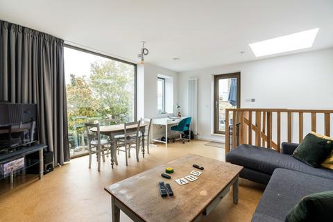 2 bedroom townhouse to rent - Choumert Road, London