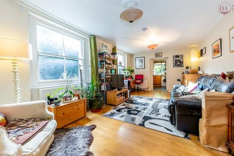 2 bedroom apartment for sale - Church Lane, Crouch End N8