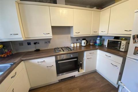 2 bedroom flat for sale - Canada Road, Erith, Kent