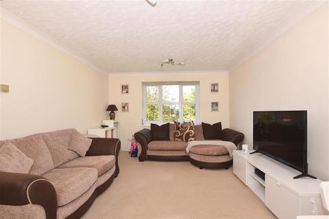 2 bedroom flat for sale - Canada Road, Erith, Kent