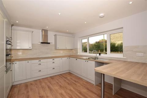 3 bedroom terraced house for sale - Speldhurst Close, Ashford, Kent