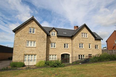 2 bedroom apartment to rent - The Mill House, Brackley, Northants, NN13 7FD