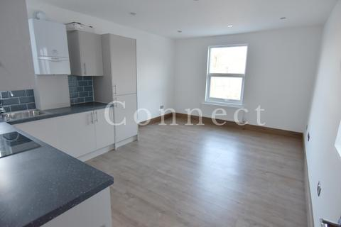 Studio to rent - Ferme Park Road, Couch End