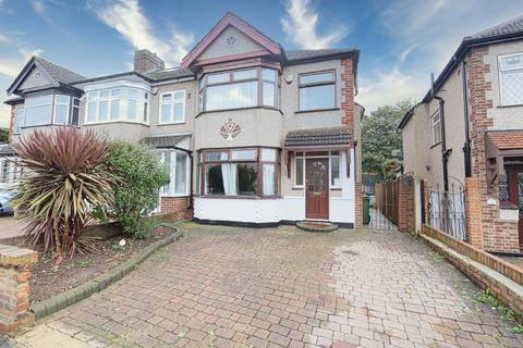 3 bedroom semi-detached house for sale - Barton Avenue, Romford, RM7