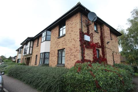 1 bedroom ground floor flat - Jacobs Close, Potton