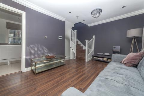 3 bedroom maisonette to rent - Holland Street, Kensington, W8