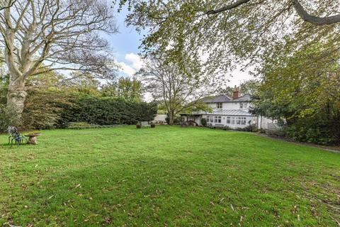 6 bedroom detached house for sale - London Road, Hassocks
