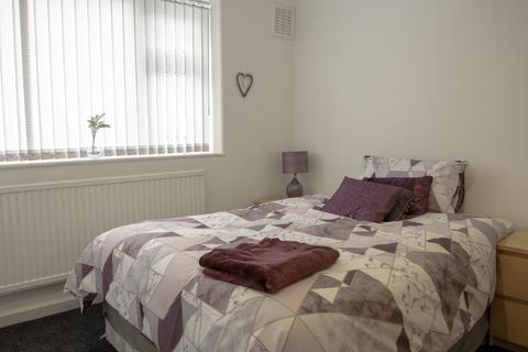 5 bedroom house share to rent - Turner Avenue, Failsworth, Oldham