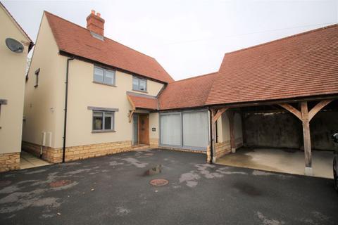 4 bedroom property to rent - Haddenham