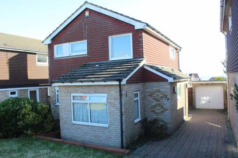 3 bedroom house to rent - Links Drive, Bexhill on Sea