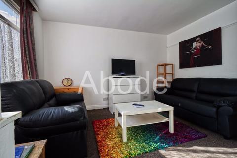 3 bedroom house to rent - Park View Avenue, Leeds, West Yorkshire