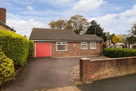 2 bedroom detached bungalow for sale - Middle Deal Road, Deal