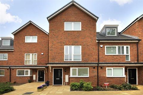4 bedroom townhouse for sale - Hunting Place, Hounslow