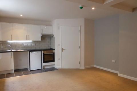 Studio to rent - Osmond road - P1315