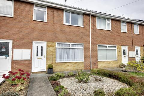 3 bedroom terraced house for sale - Grove Close, Beverley