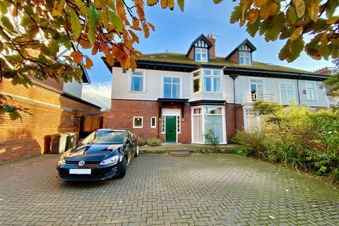 6 bedroom house for sale - King Edward Road, North Shields