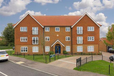 2 bedroom flat for sale - 37 Preston Manor Road, Tadworth, Surrey