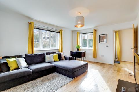2 bedroom apartment for sale - Belton Way, Bow, London, E3
