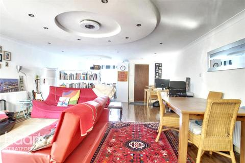 Studio for sale - Disraeli Road, London