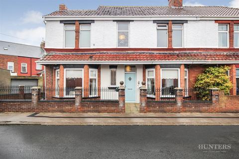3 bedroom semi-detached house for sale - Benedict Road, Roker, Sunderland, SR6 0NX