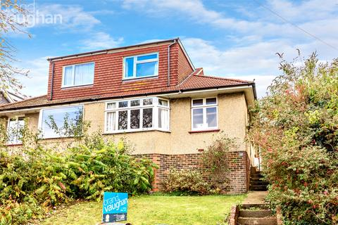 3 bedroom bungalow for sale - Woodbourne Avenue, Brighton, East Sussex, BN1