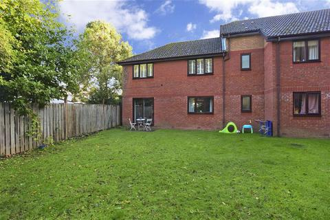 1 bedroom ground floor maisonette for sale - Chartwell Gardens, Cheam, Surrey