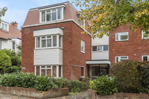 2 bedroom flat for sale - Marlborough Crescent, Chiswick