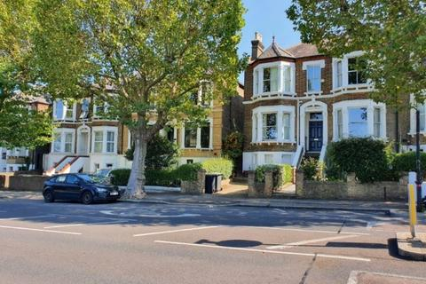 1 bedroom in a house share to rent - Pepys Road New Cross SE14