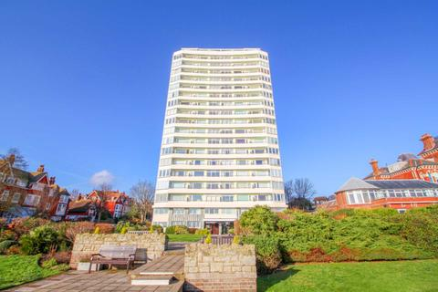 3 bedroom flat for sale - South Cliff Tower, Eastbourne