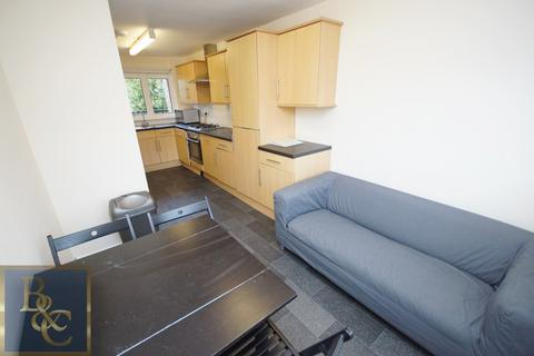 4 bedroom apartment to rent - Hungerford Road, Camden, N7