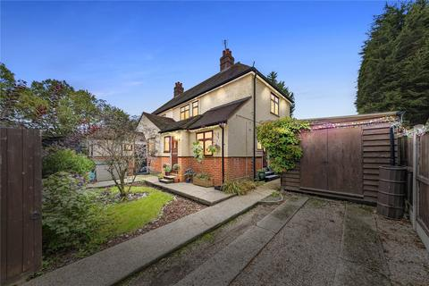 3 bedroom semi-detached house for sale - Hawkswood Road, Downham, Billericay, CM11