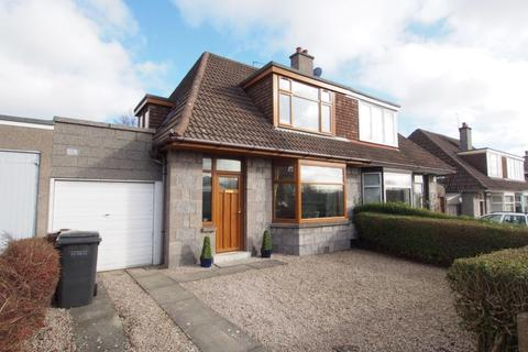 3 bedroom semi-detached house to rent - Braeside Place, Aberdeen, AB15