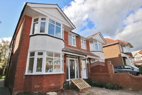 4 bedroom semi-detached house for sale - 57 Dawlish Avenue, Upper Shirley, Southampton, Hampshire, SO15 5HQ
