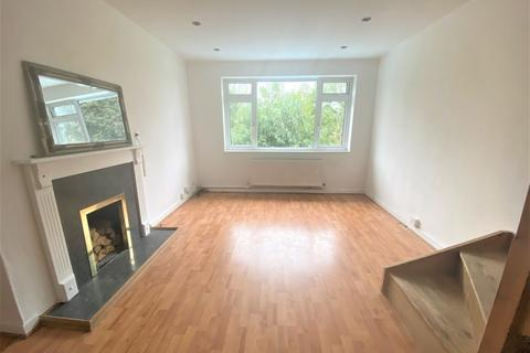 2 bedroom terraced house to rent - Tredwell Close, Bromley, Kent, BR2