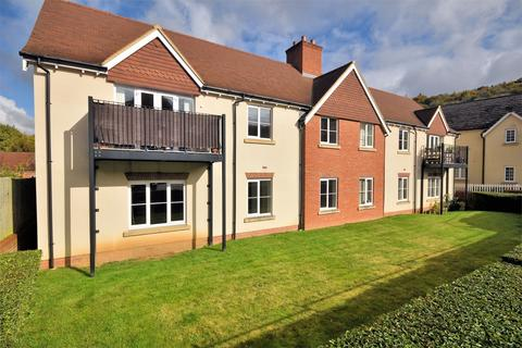 2 bedroom flat for sale - Cosford Mews, Wendover, Buckinghamshire