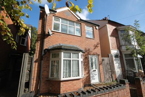 6 bedroom detached house to rent - Winchester Avenue, Leicester