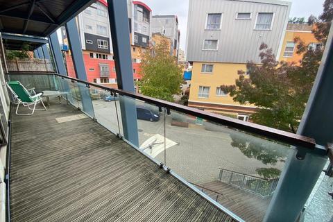 3 bedroom apartment to rent - Maurer Court, GMV