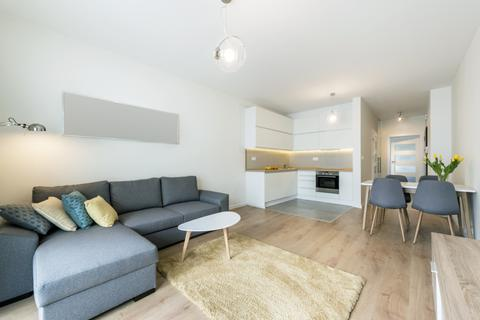 2 bedroom apartment to rent - Chaundrye Close, London
