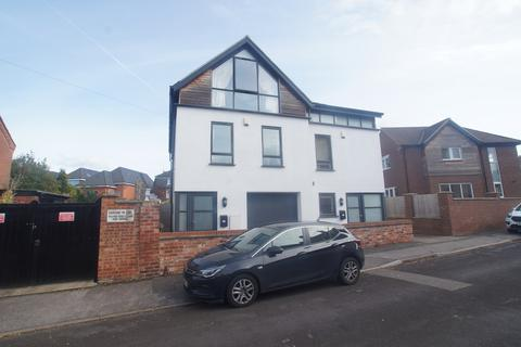 3 bedroom semi-detached house to rent - Derby Street, Lincoln