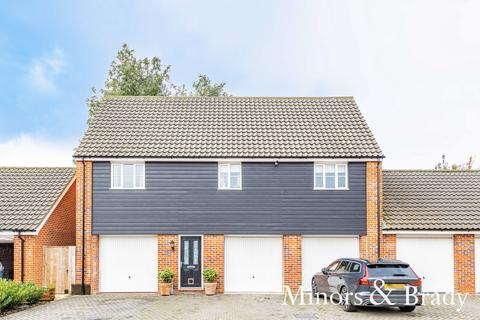 2 bedroom link detached house for sale - Byfords Way, Watton