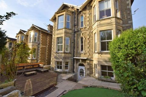 3 bedroom apartment for sale - Charming Victorian garden apartment in the highly sought mid Clevedon