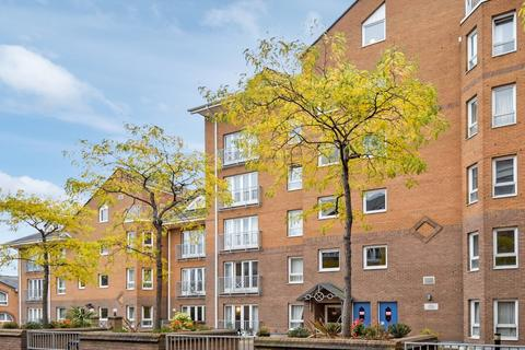 1 bedroom flat for sale - Hera Court, Isle of Dogs E14
