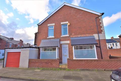 3 bedroom terraced house for sale - Second Avenue, Newcastle Upon Tyne